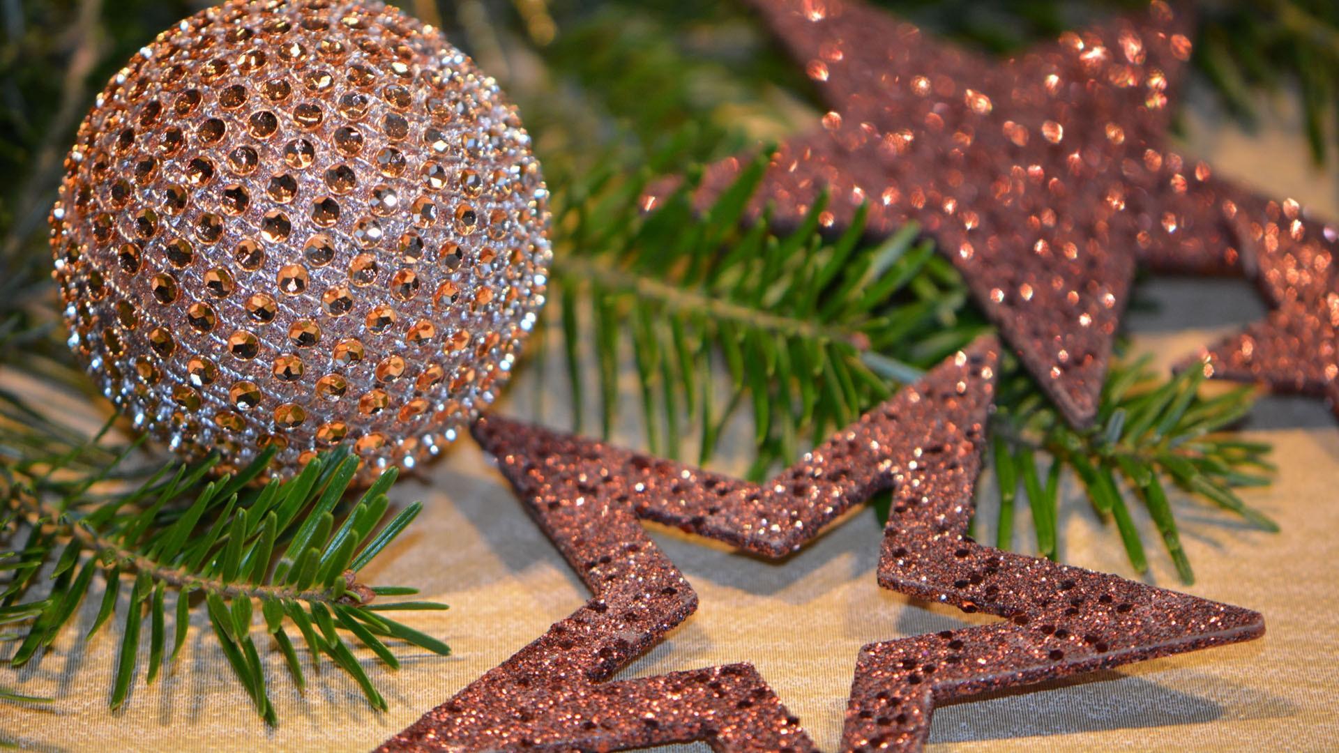 Christmas Balls and Stars Wallpaper HD