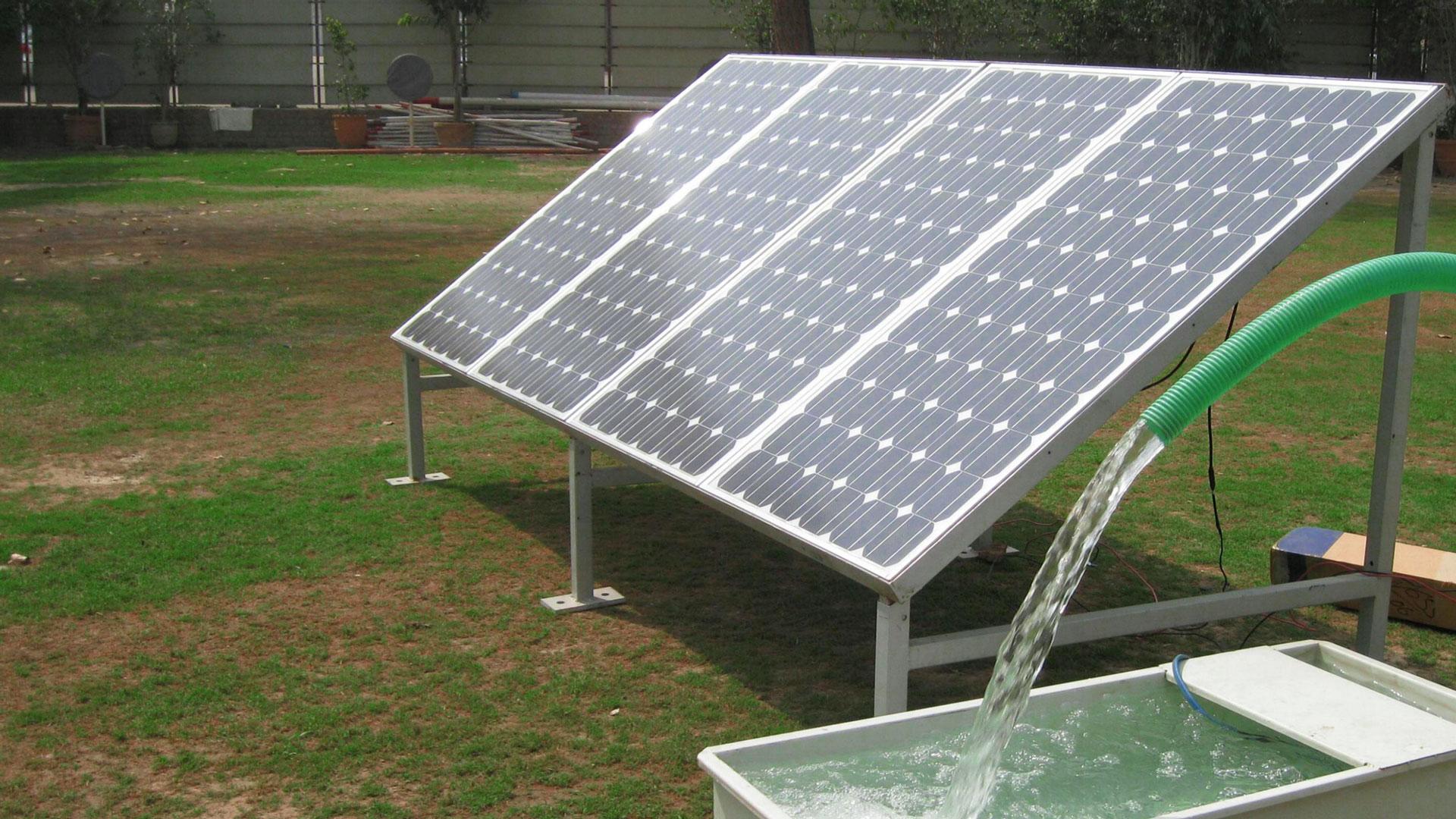 1 HP Water Motor on Solar Power